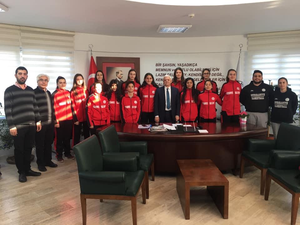 Burhaniye Belediyespor Belediye Başkanımız Ali Kemal Devecilere Ziyaret