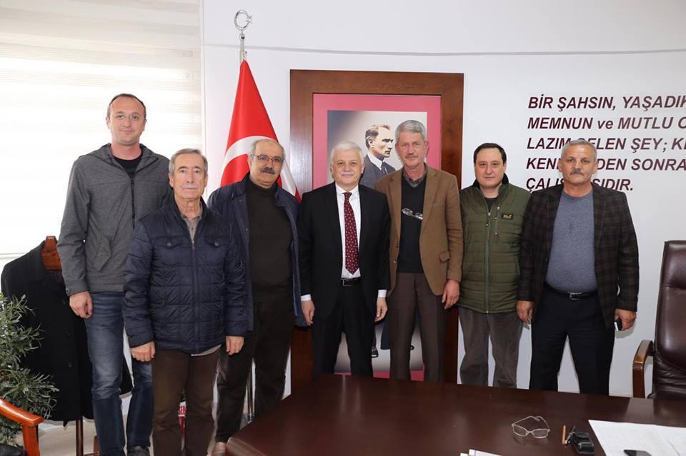 Demokrat Parti İlçe Başkanı Agah Zeybek, Gömeç İlçe Başkanı Doğan Adatepe ve ilçe Yönetim Kurulu Üyeleri Ziyareti