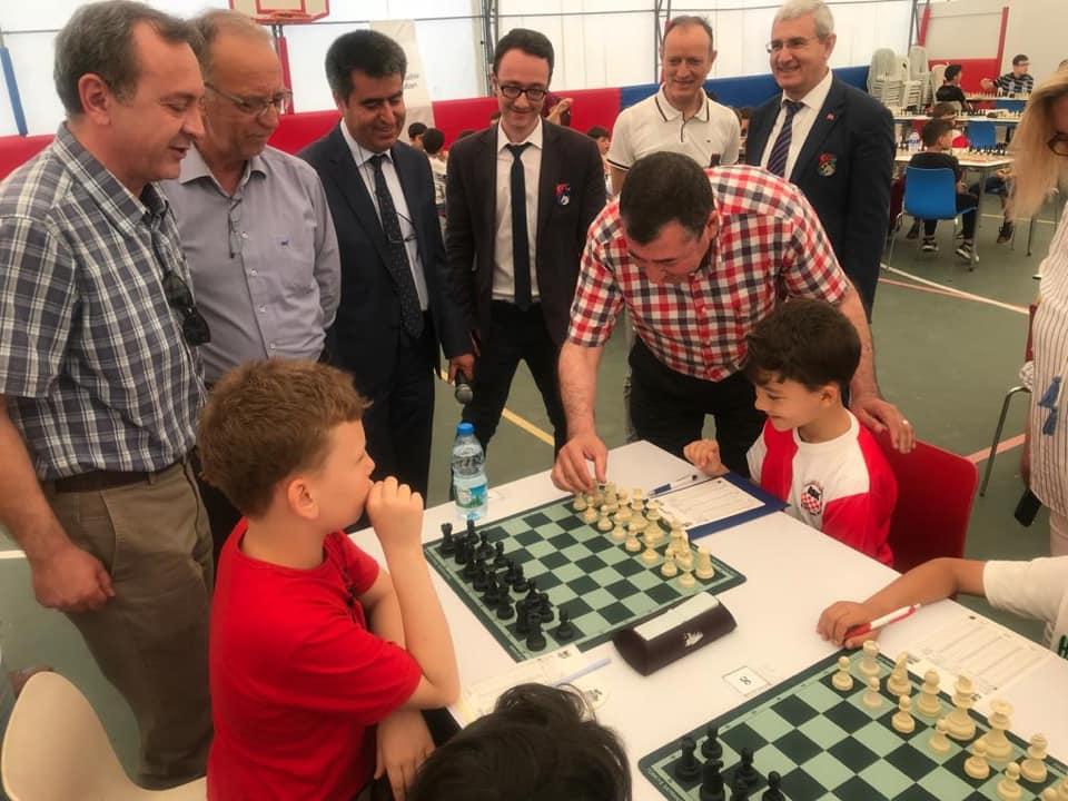 1. Bydogan Yaza Merhaba Satranç Turnuvası Düzenlendi