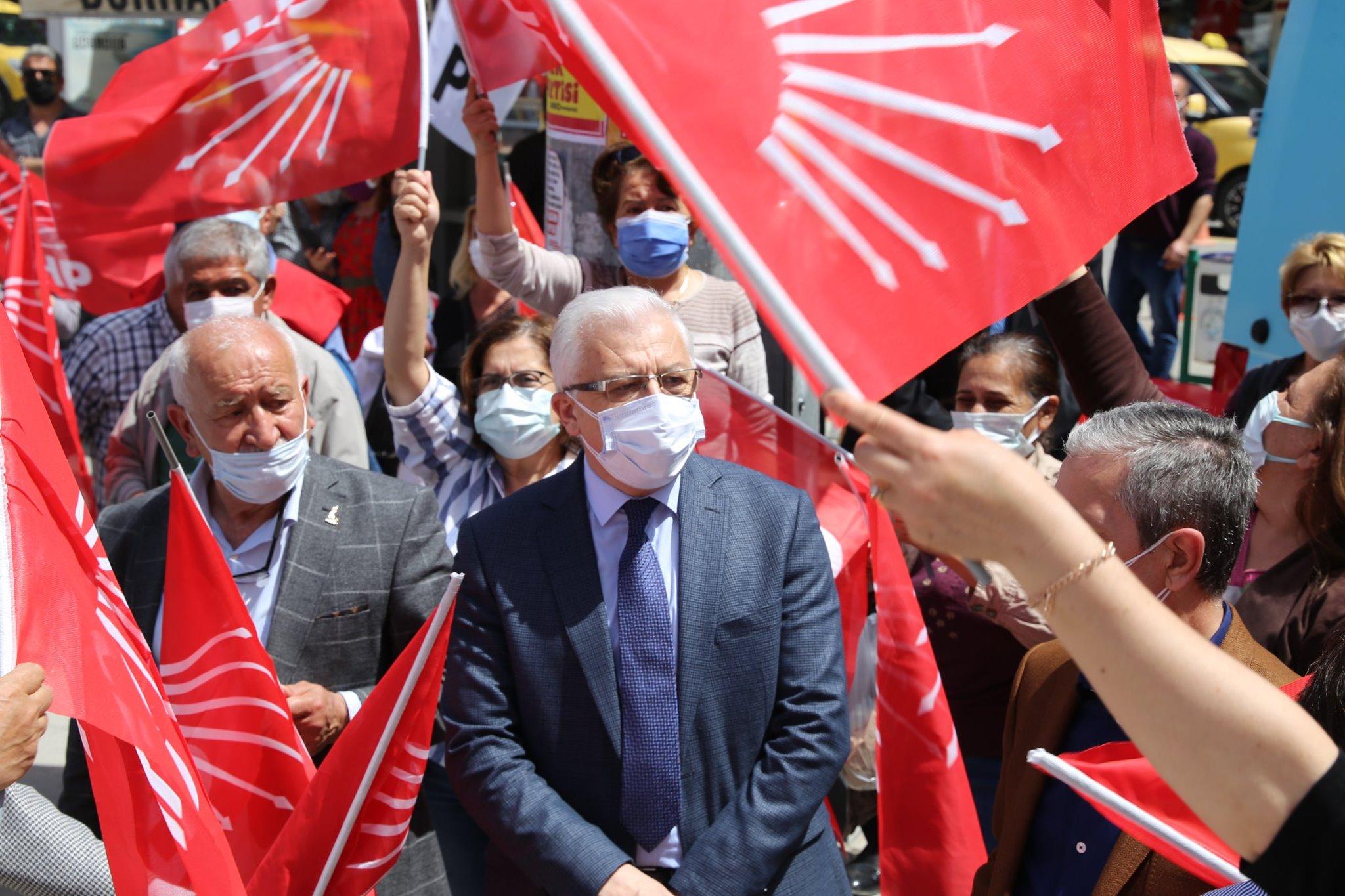 1 Mayıs Burhaniye'de Çoşkuyla Kutlandı