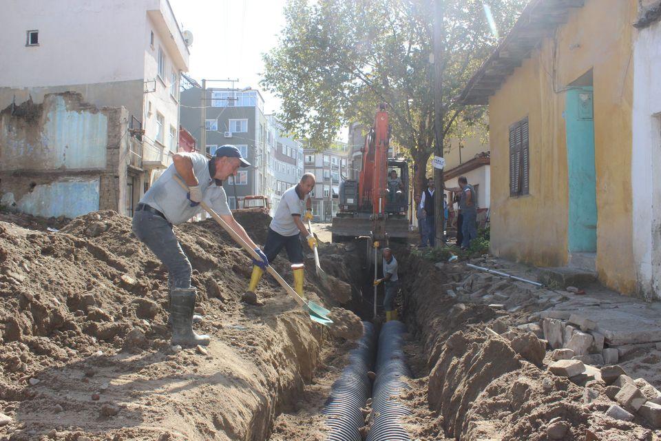 Burhaniye'nin Yağmursuyu Altyapısı Yenileniyor