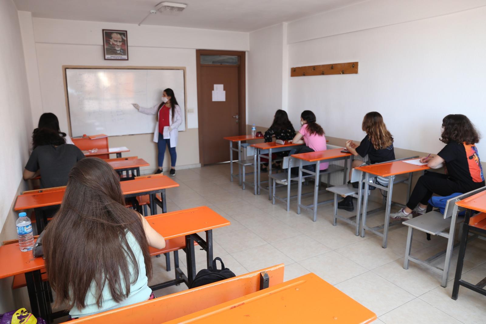 Bursem'li Öğrenciler Üniversitelere Yerleşti