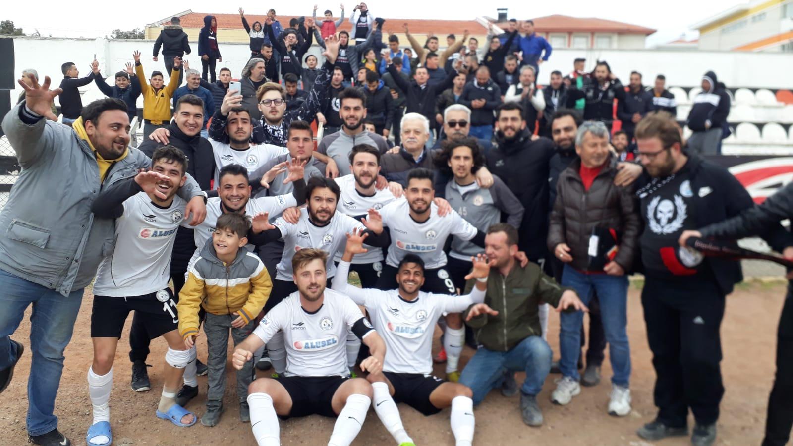 Burhaniye Belediye Spor Bal Liginde