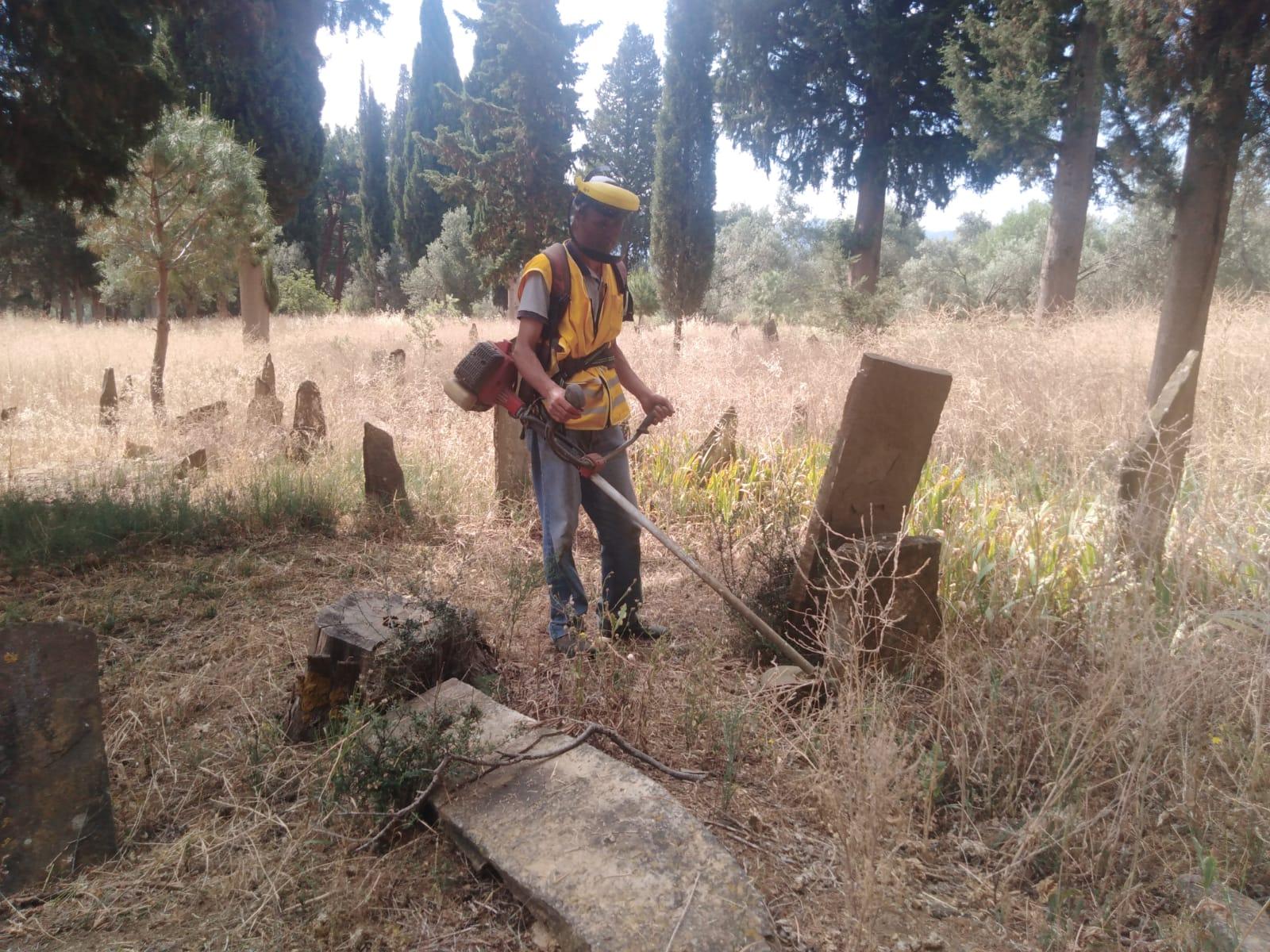 Mezarlıklarımız Bayram Ziyaretine Hazırlandı
