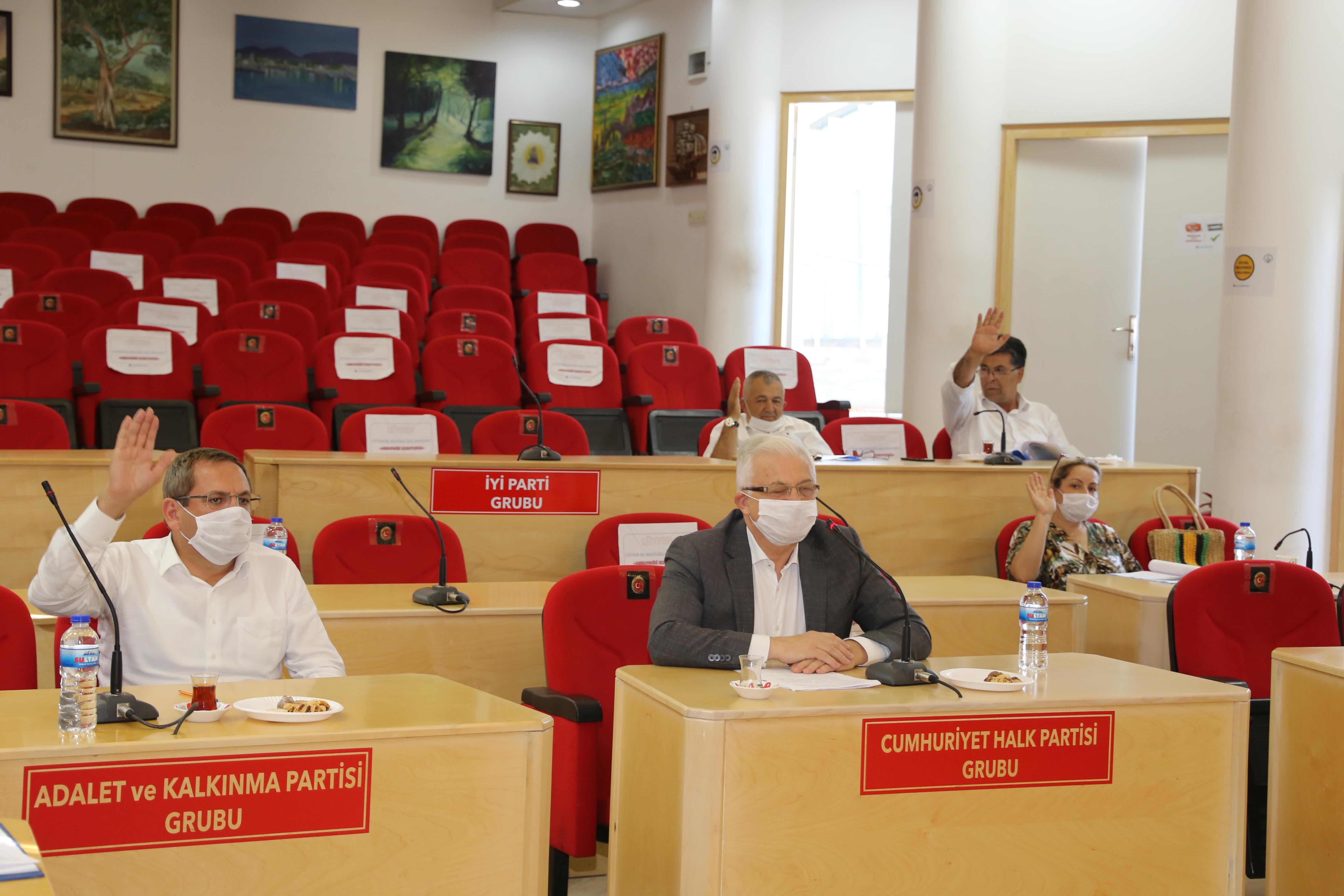 Körfez Belediyeler Birliği Burhaniye'de Toplandı