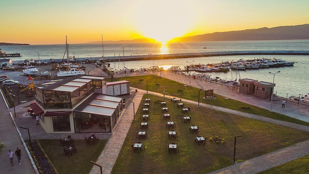 Port İskele Cafe & Bistro Açıldı