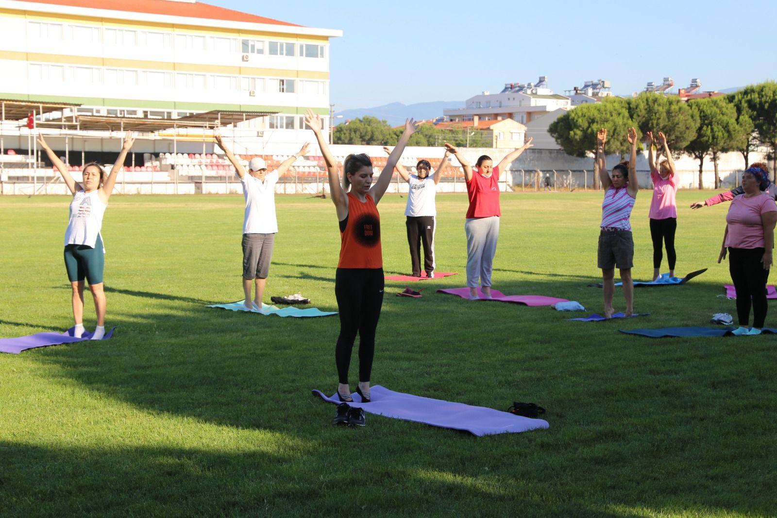 Burhaniye'de Sabah Sporu Başladı