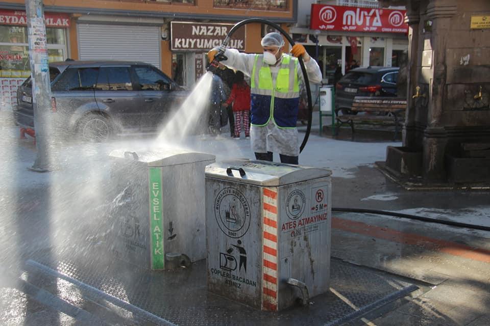 Burhaniye Meydanı Da Dezenfekte Edildi
