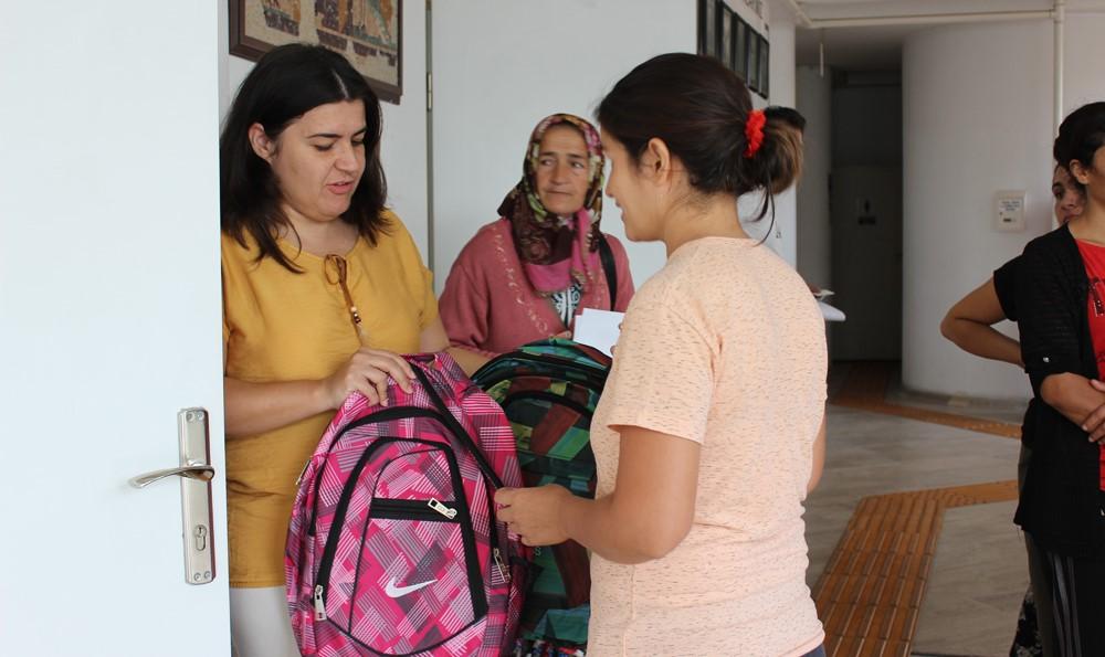250 İhtiyaç Sahibine Eğitim Yardımı