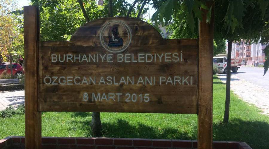 Burhaniyenin Parkları Yenileniyor