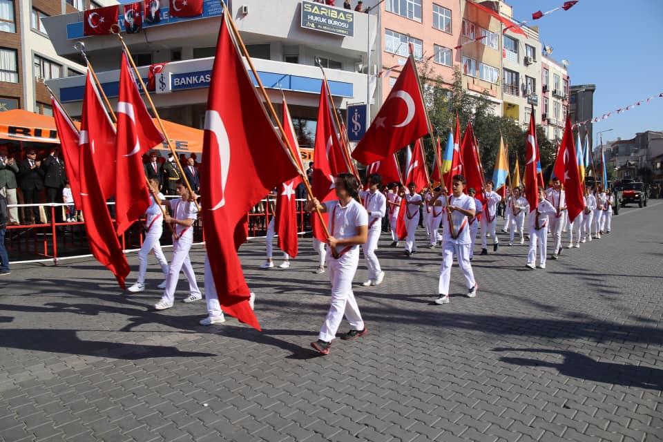 Cumhuriyet Bayramı Burhaniye'de Kutlanıyor