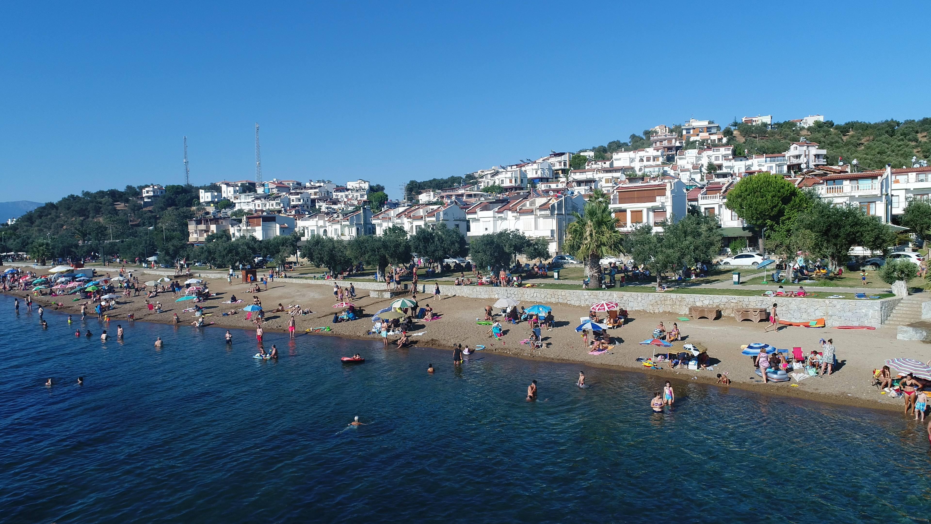 Pelitköy Bağlarburnu Mavi Bayraklı Halk Plajı